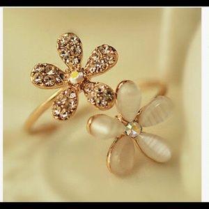 ❤️❤️bundle six ring of daisy adjustable ring